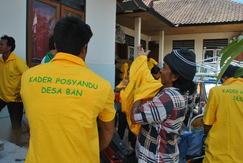 EBPP Kader at posyandu yellow shirts